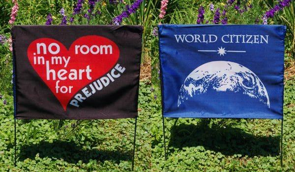 No room / world citizen sign